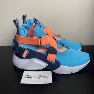 New Nike Huarache City blue gaze